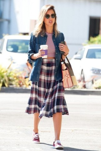 c0pm54-l-610x610--stripes-striped-midi+skirt-skirt-jessica+alba-sneakers-shoes